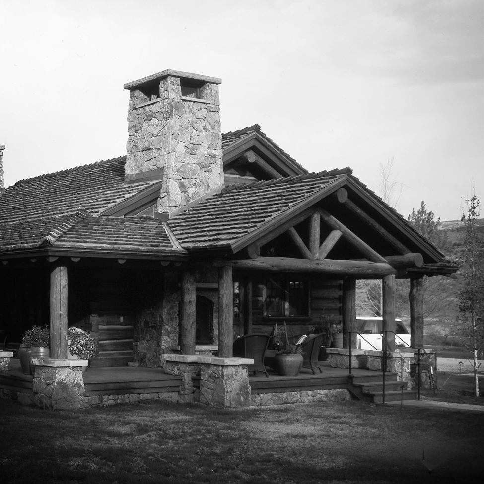 Elk_Creek_lodge.jpg