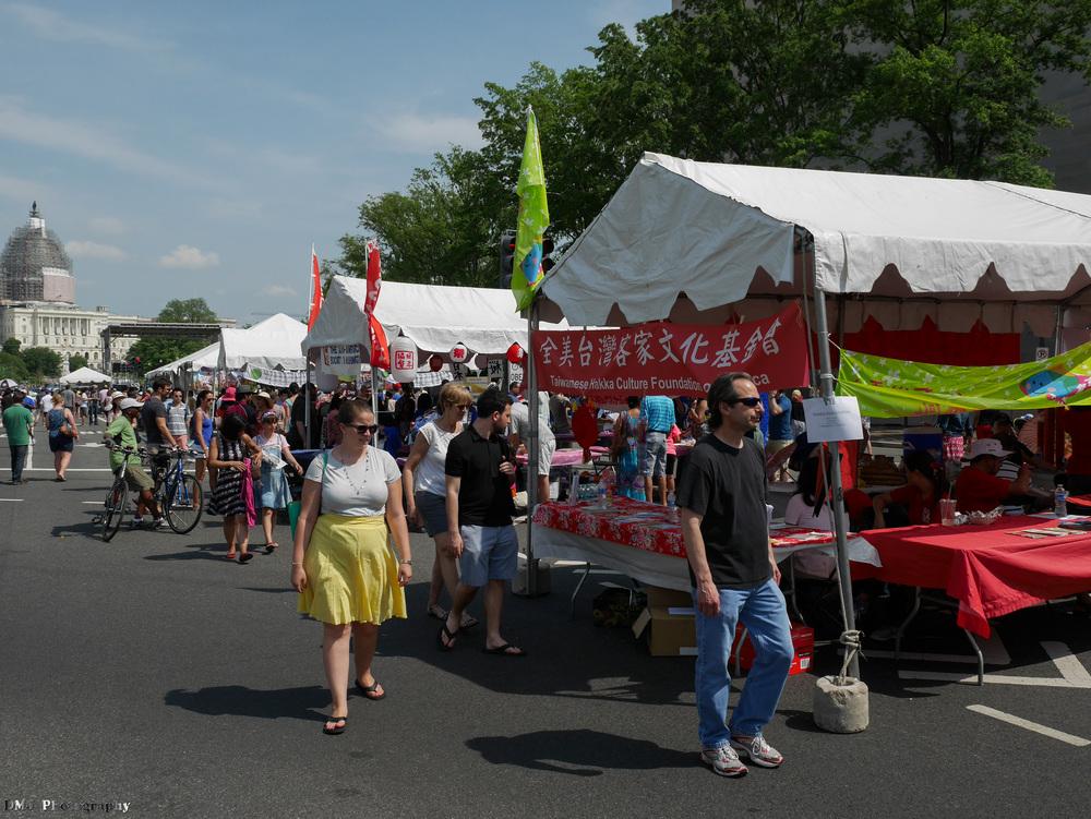 fiesta_asia_street_festival_2015_streets_2.jpg