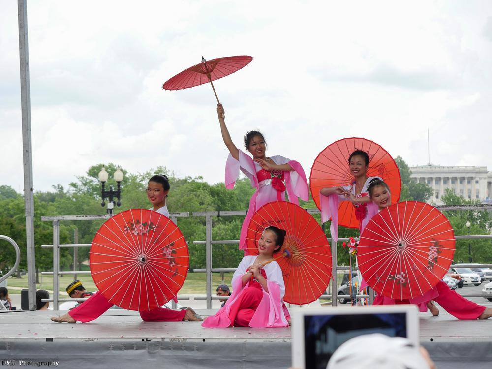 fiesta_asia_street_festival_2015_cultural_stage_05.jpg