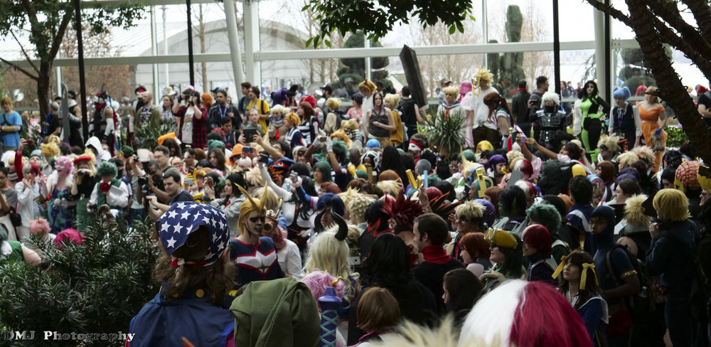 Crowded cosplay photoshoot for the My Hero Academia (Boku no Hero Academia) fandom