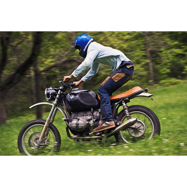 Getting ready for the weekend! Here's our BMW r75/5 scrambler custom in action! | built for @chuckshirock | photo by: @yveassad  (at Hampshire, TN)