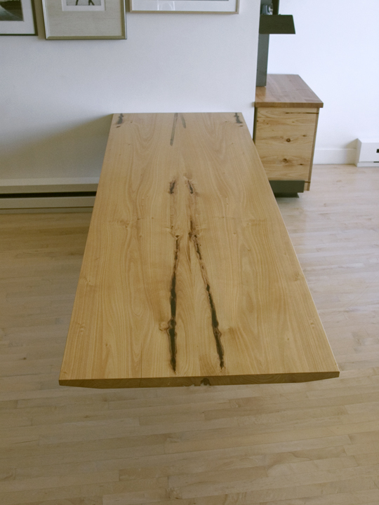 Desk3.jpg