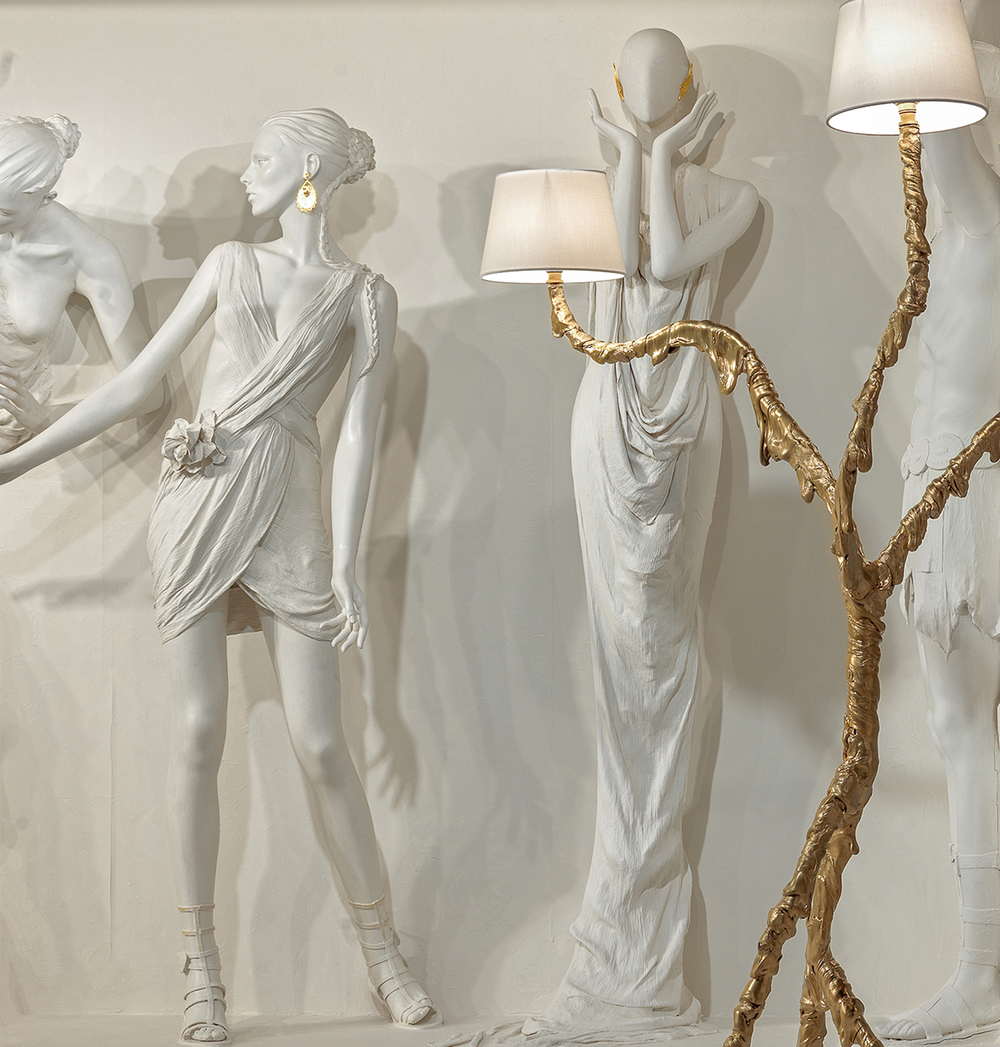 Jacopo Foggini's Ines light was influenced by surrealism,