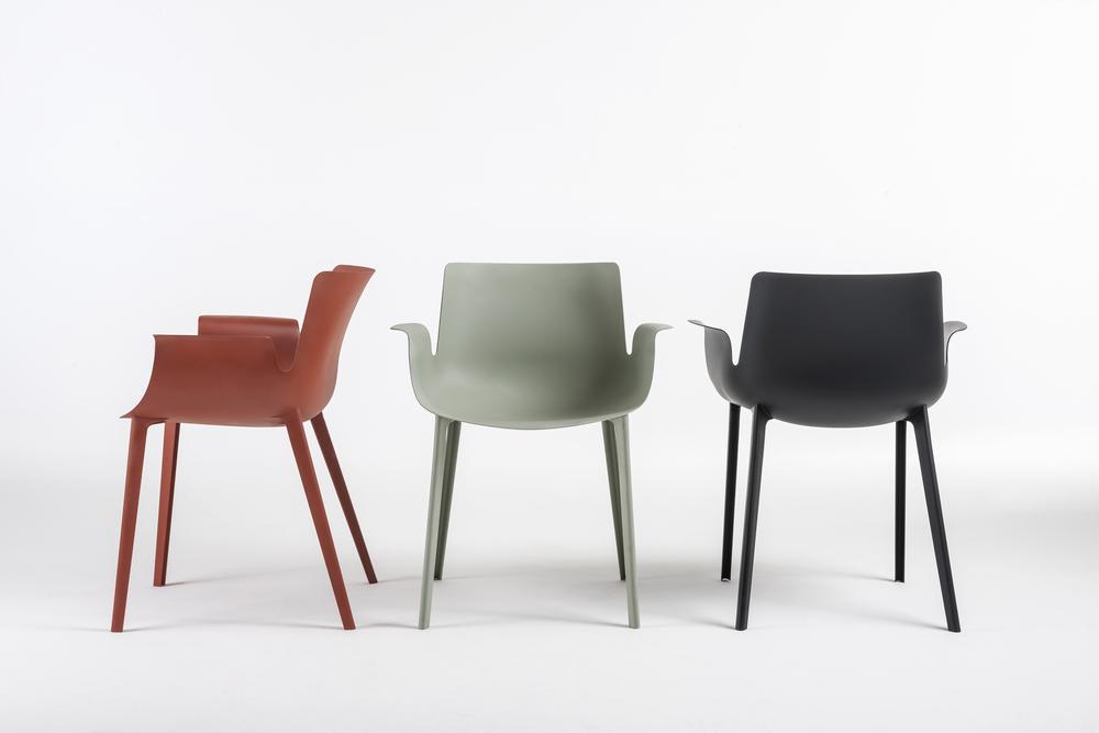01_PIUMA_chairs trio.jpg