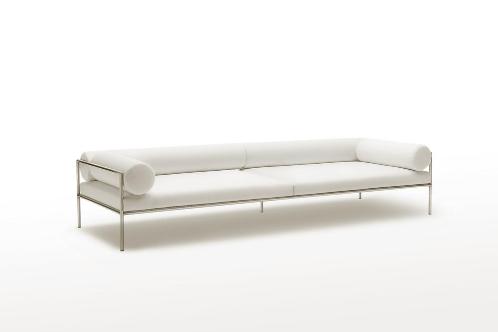 Agra sofa by David Lopez Quincoces