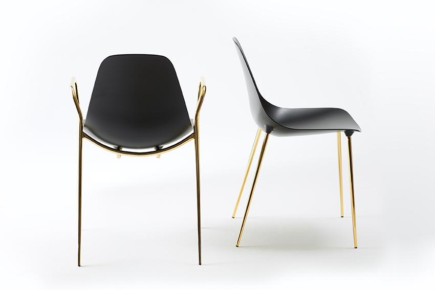 5.5-Mammamia---chair---new-editionLR.jpg