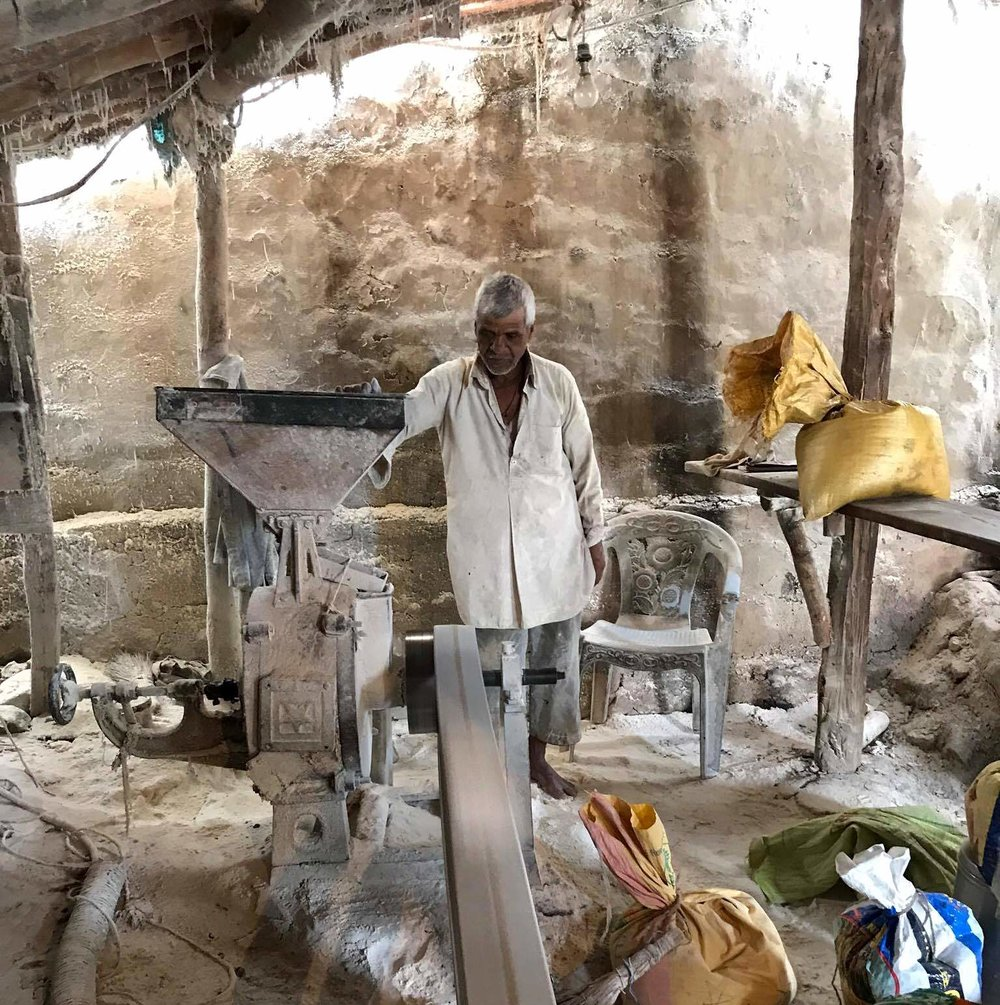 rural-india-flour-mill-maharashtra