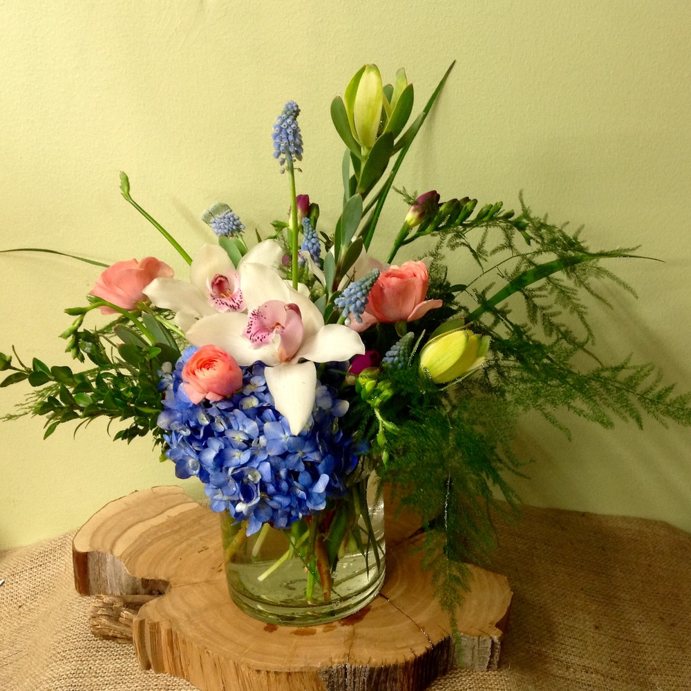 4. Thoughtful and Unique Spring Bouquet