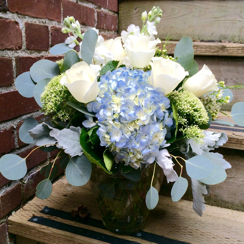 84. Classic Hydrangea and Rose Arrangement with Eucalyptus