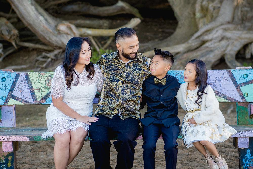 2018.12.02_Lawas Family Portraits_12.jpg