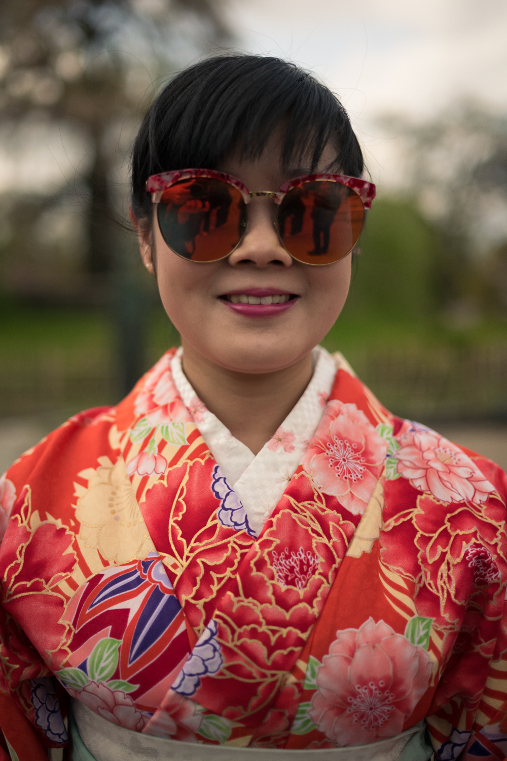 Chinese Girl in Maruyama Park, Kyoto.