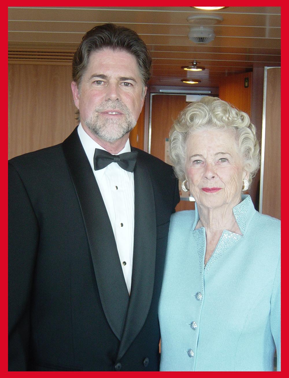 Stephen&Mom.jpg