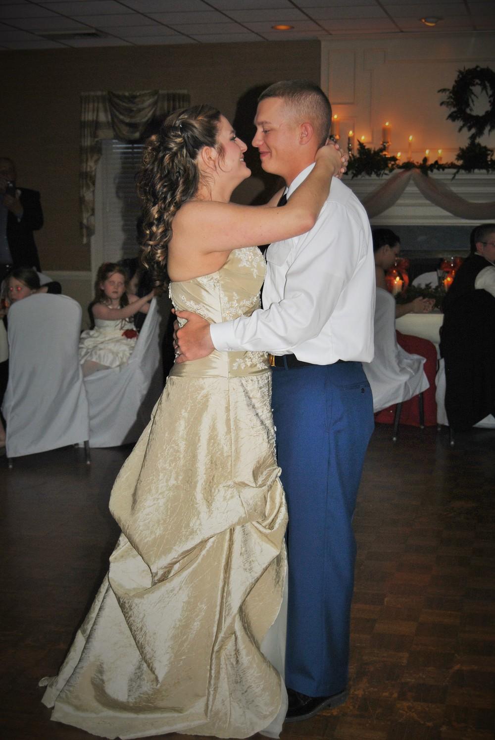 Rowsey-wedding-first-dance.jpg