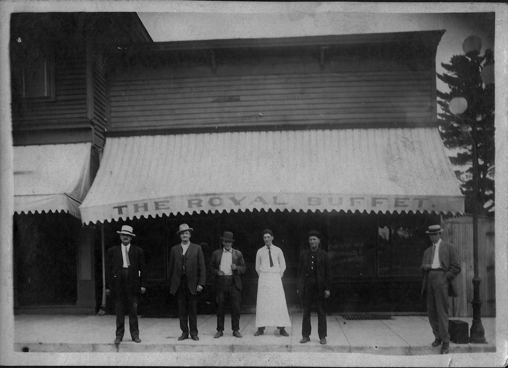 Royal Buffet, Kindred Avenue, Grand Rapids, Minn ca. 1900-1905