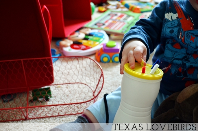 Toddler Activity DIY Straw Pull