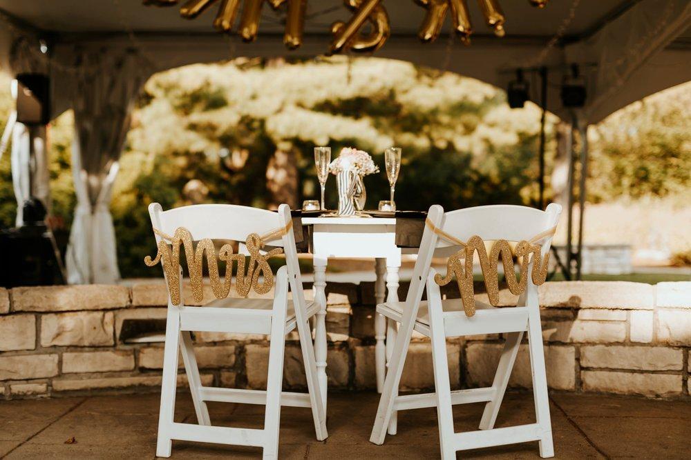 17-09-15 Lindsey and Brandon Wedding Edited-104_WEB.jpg