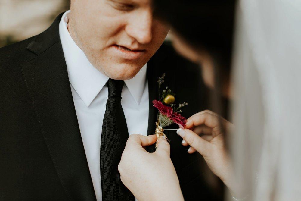 17-09-15 Lindsey and Brandon Wedding Edited-300_WEB.jpg