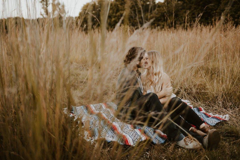 2017 Couples Portfolio Edited-44_WEB.jpg