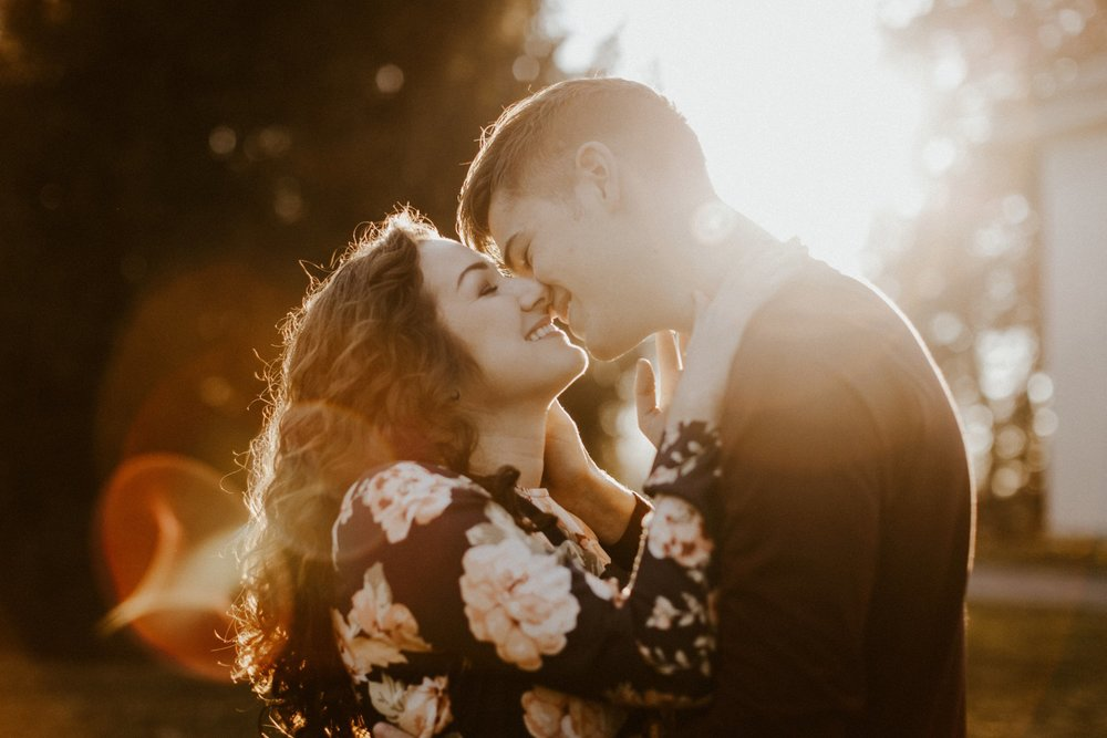 2017 Couples Portfolio Edited-62_WEB.jpg