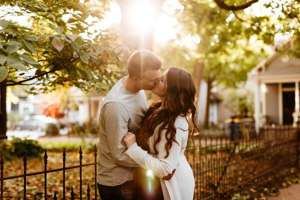 lockerbie-square-engagement-session-downtown-indianapolis-engagement-photographer003.JPG