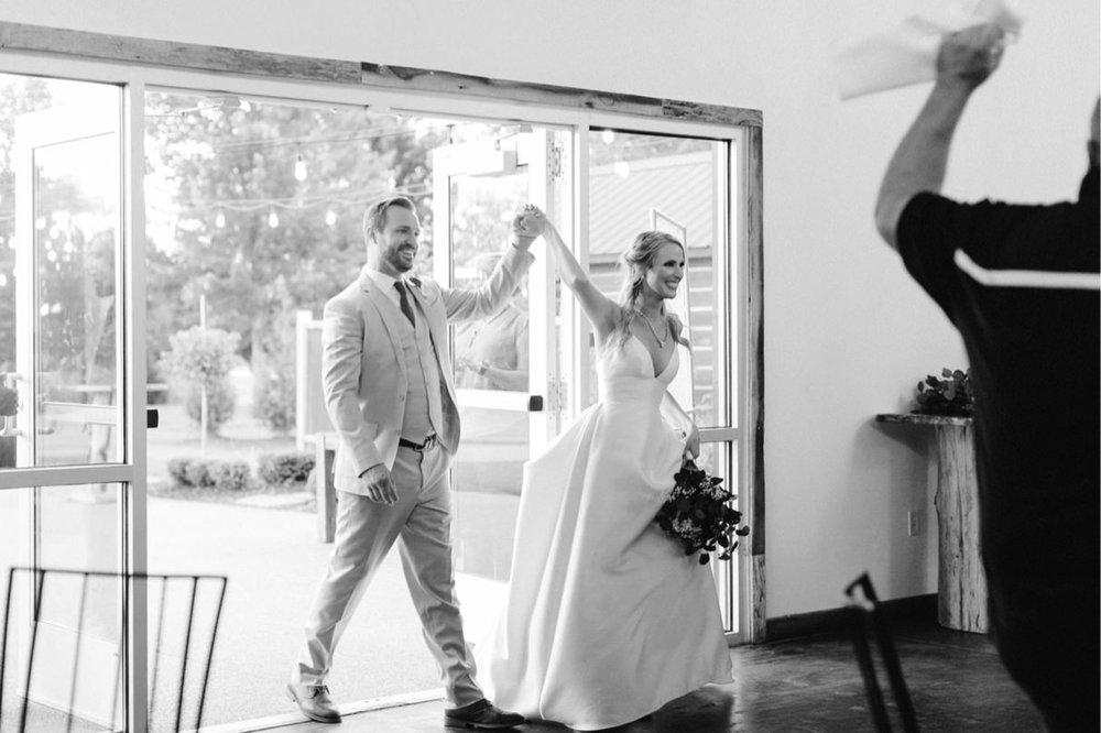 093_18-09-15 Brittany and Corey Wedding Edited-1025.jpg
