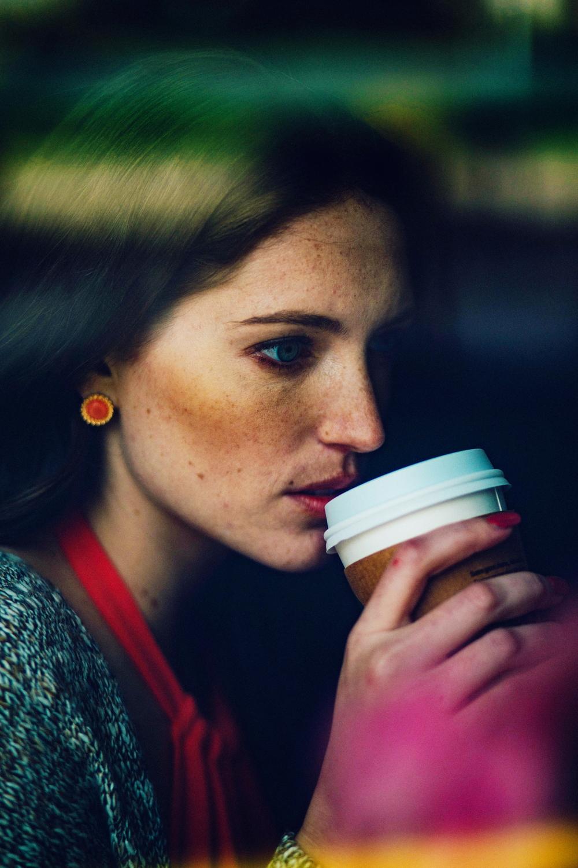 Cafe Luna ||| Lindsay Hundley