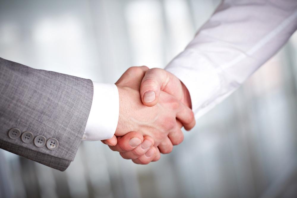 photodune-369921-handshaking-m.jpg