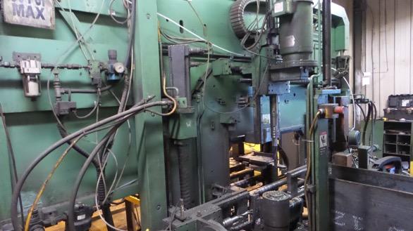 1USED PEDDINGHAUS BDL760-3 CNC 3 SPINDLE DRILL LINE (2005).jpg