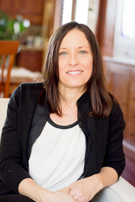 Tracy L Milne