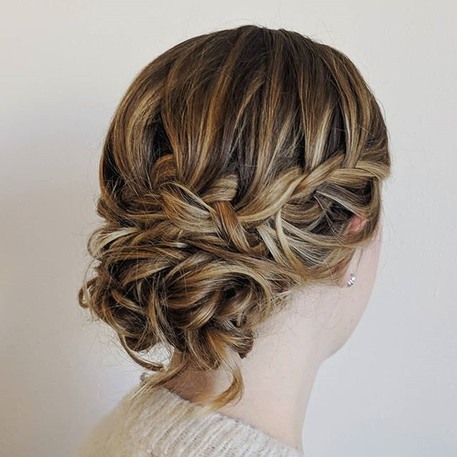 Looking forward to recreating this style for Clare's wedding at the @lairmontmanor!