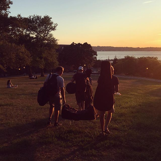 Bay Ridge, nature's rehearsal space. Join us Sunday, 5pm @ West Side County Fair and Monday (Labor Day), 5pm @ LIC Bar ----------------------------------------------- #licbar #westsidecoubtyfair #livemusic #nyc #manhattan #queens #sunset #americanamusic #newyork #colorado