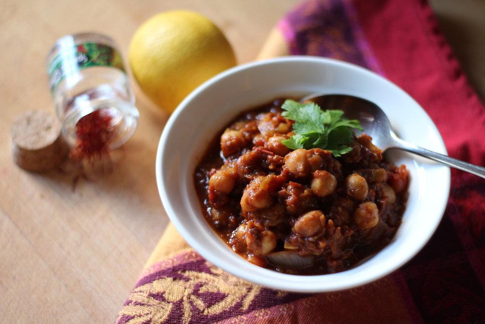 harira: a warm-spiced Moroccan chickpea + tomato stew