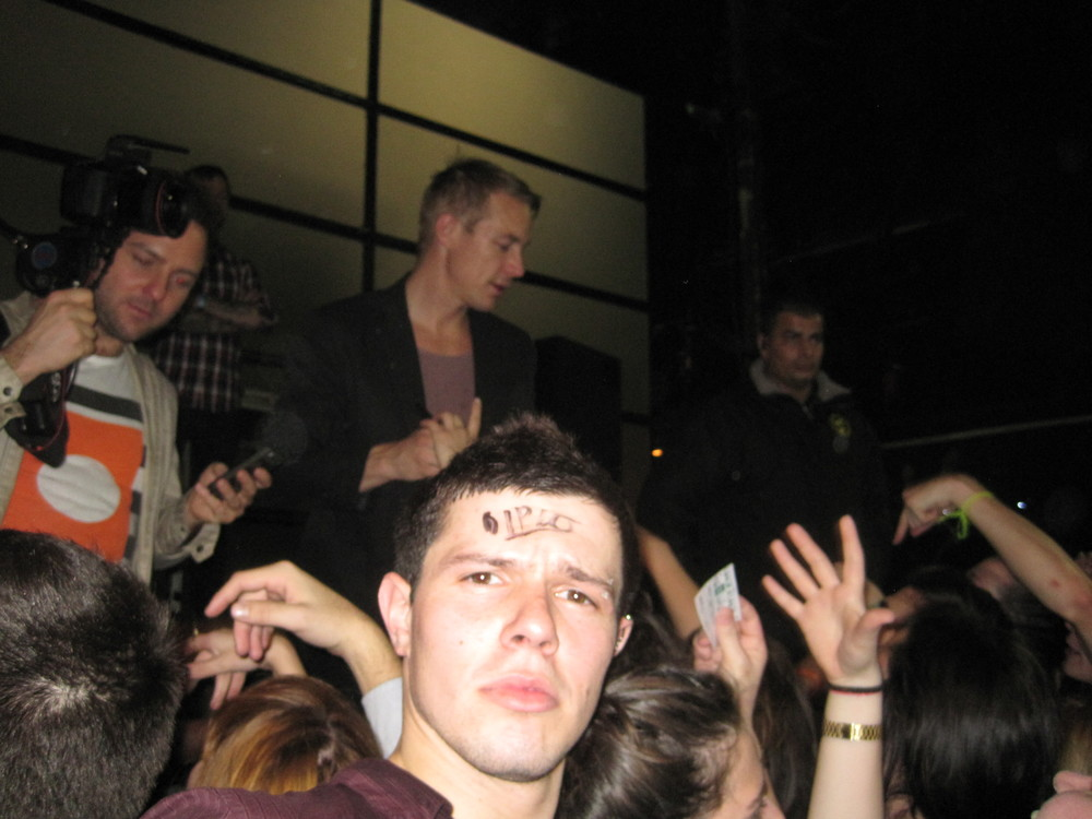 Diplo on the stage, Diplo on my forehead