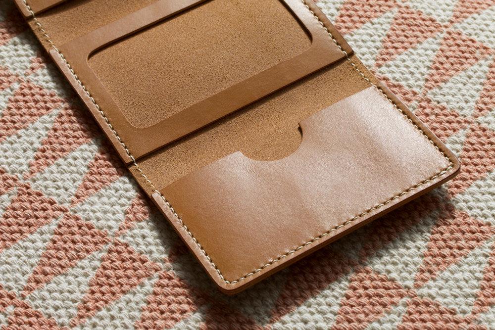 trifold-vgo-pocket.jpg