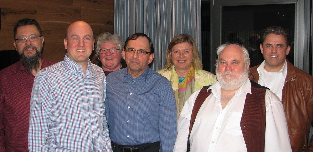V.l.n.r.: Erich Mörike (Revisor), Ralf Vietze (1. Vorsitzender), Dagmar Hoffmann (Schatzmeisterin), Wolfgang Schwaiger (3. Vorsitzender), Elisabeth Rupprecht (2. Vorsitzende), Kurt Seiler (Schriftführer) und Manfred Axenbeck (Revisor).