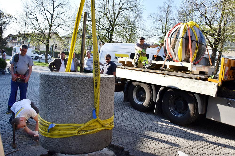 Abtransport Koenig-Kugel Unterföhring.jpg