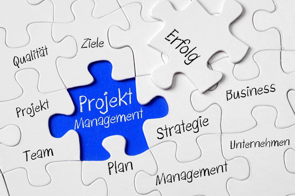 Projektmanagement ist wie ein Puzzle. Wer weiß, wie man die einzelnen Schritte richtig plant, aufbaut und schließlich zusammenführt, dem ist der Erfolg gewiss. Copyright: Colures-pic – fotolia.com