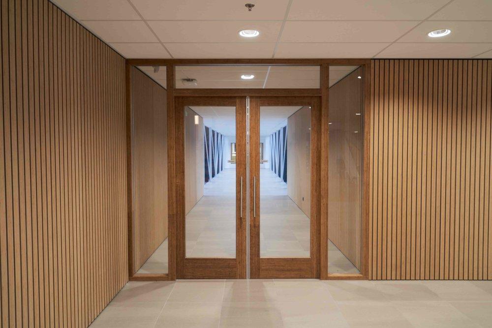 KOSA-bamboe-dubbel-deurkozijn.jpg