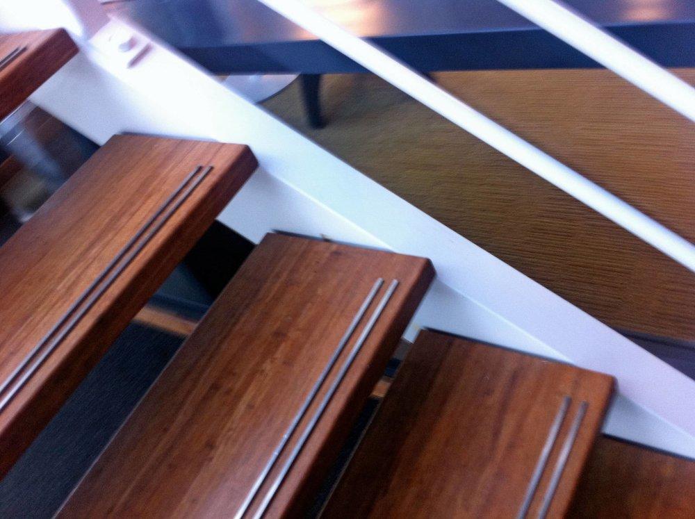 KOSA-bamboo-traptreden-min.jpg