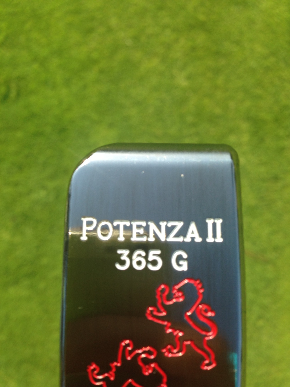 The Potenza II features a 365g head weight