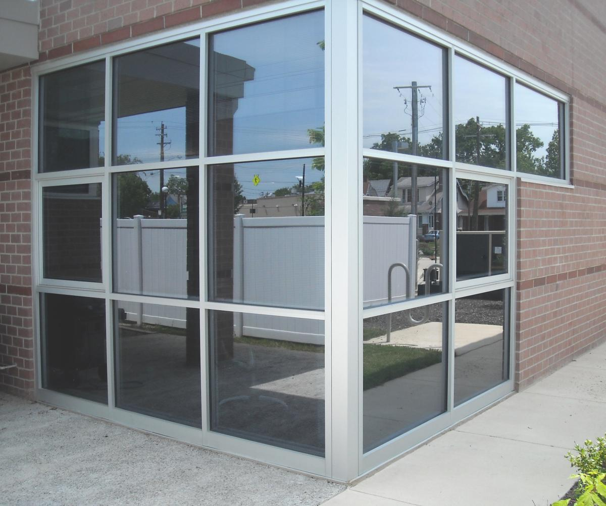 aluminum window repair replacement
