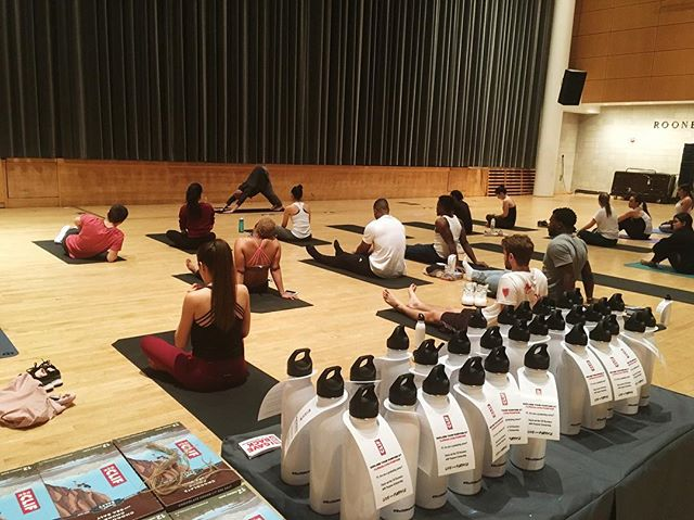 Our last event with @columbia_publichealth and @clifcolumbia__  Yoga and food drive. Live life with purpose!  #cliflivewithpurpose #clifbar #yoga