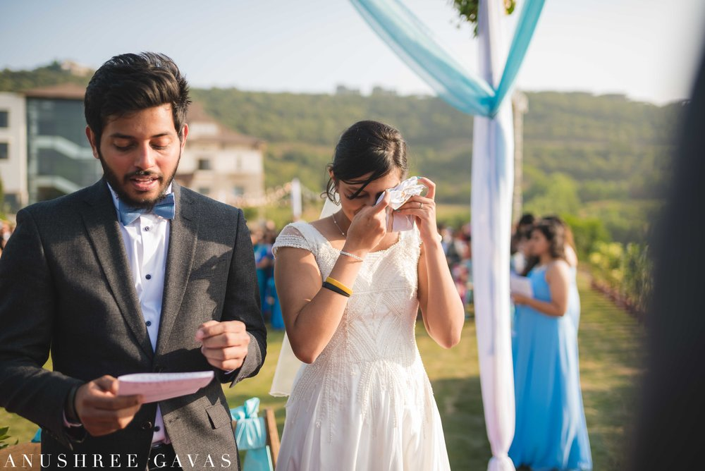 Anushree Gavas Candid Wedding Photographer