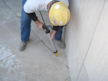 CaulkingSealants_1244845324.jpg
