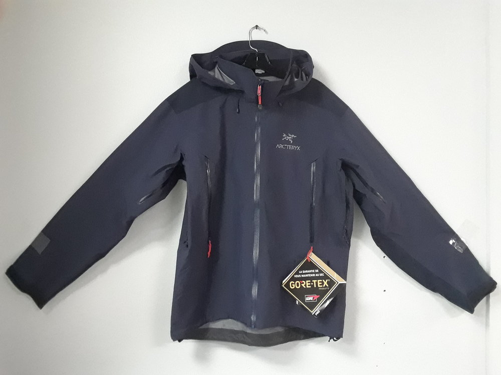 Our consignors have clearly been very generous! The Arcteryx Beta AR featuring Gore-Tex Pro fabric is one of the best performing hard-shell's on the market. Full MSRP is listed at $575 and we have it at $299. Size is a men's large.