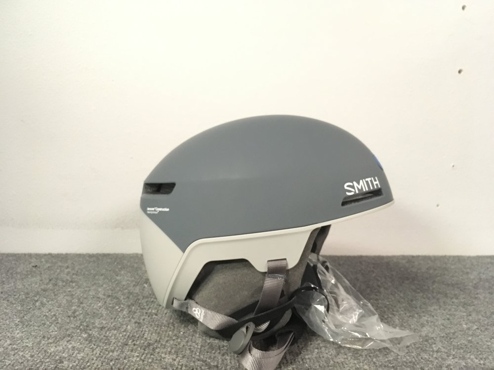 Protect your brain with this years Smith Code featuring Mips, Aerocore, and Koroyd technology! Other cool features include the Fidlock system buckle, no more hassle with gloves on, and the Boa fit system. Retail is listed at $180 but we have it priced at $126. The size is a large.