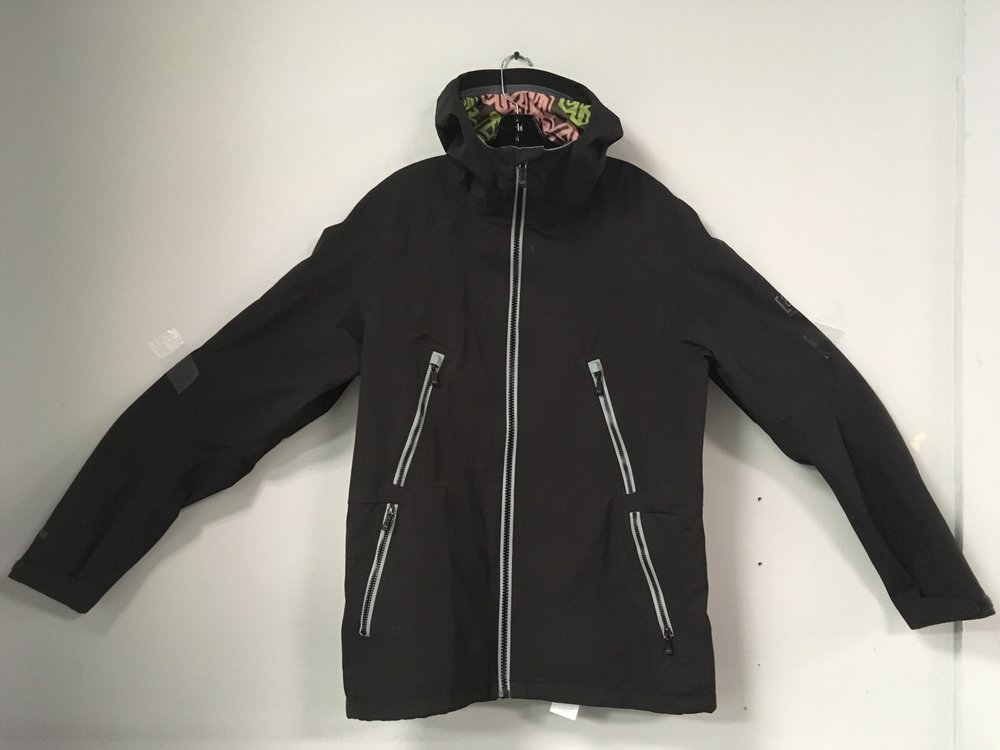 Play zero games out in the mountains with Burton Ak's 3L Hover jacket. This thing was built to last a nuclear winter but also be able to pack down to size in your backpack. Features include 3L Gore-Tex fabric, Gore-Seam taping, and gasket cuffs to keep out all the cold, wet stuff. Retail is listed around $600 but we got you covered at $170! The size is a women's large.