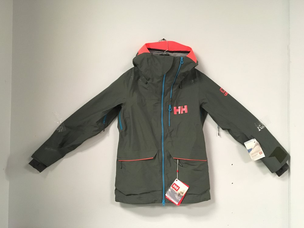 Keep the moisture out with Helly Hansen's Woman's Aurora shell jacket! Featuring HH proprietary waterproofing fabric, seamed seals, and waterproof zippers; it's safe to say you'll stay dry. Retail for jacket is listed $550 but we got you covered at $249! The size is a women's small.