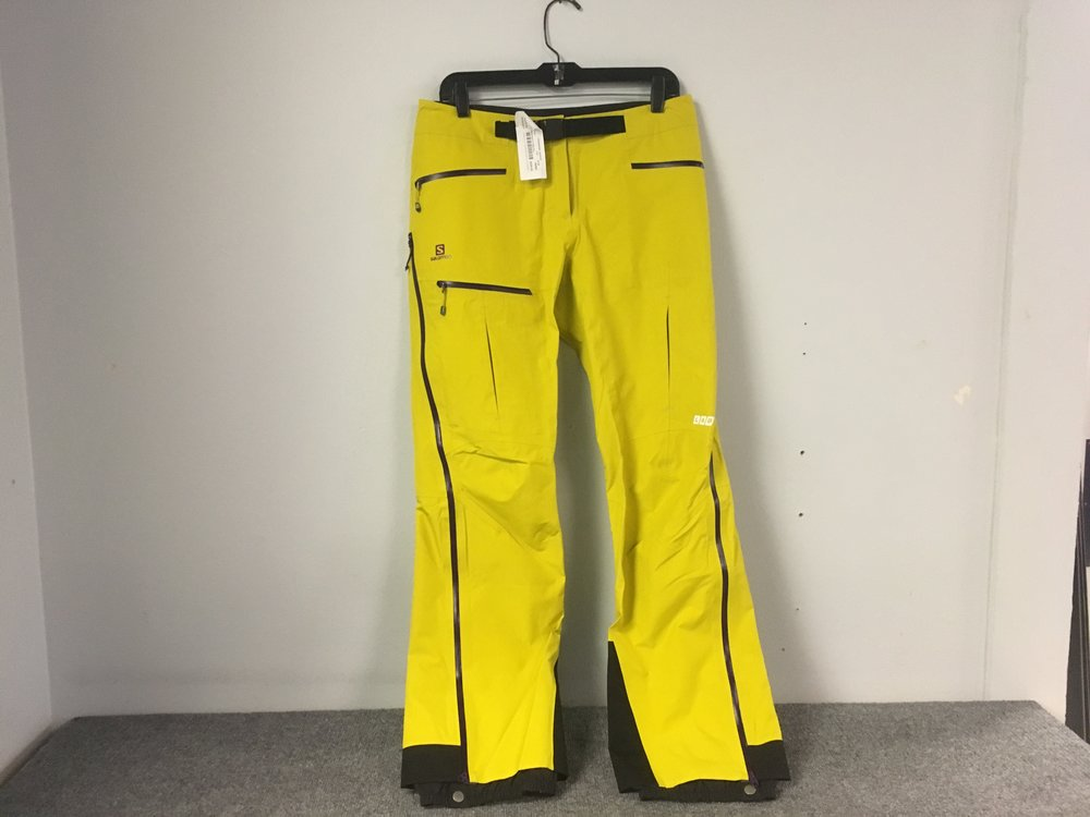 Salomon's XPro Gore-Tex pant might be one of the best technical winter mountaineering pants on the market by offering the best of temperature regulation and waterproofing. The listed retail for the pant is listed at $450 but we got you covered at $225!