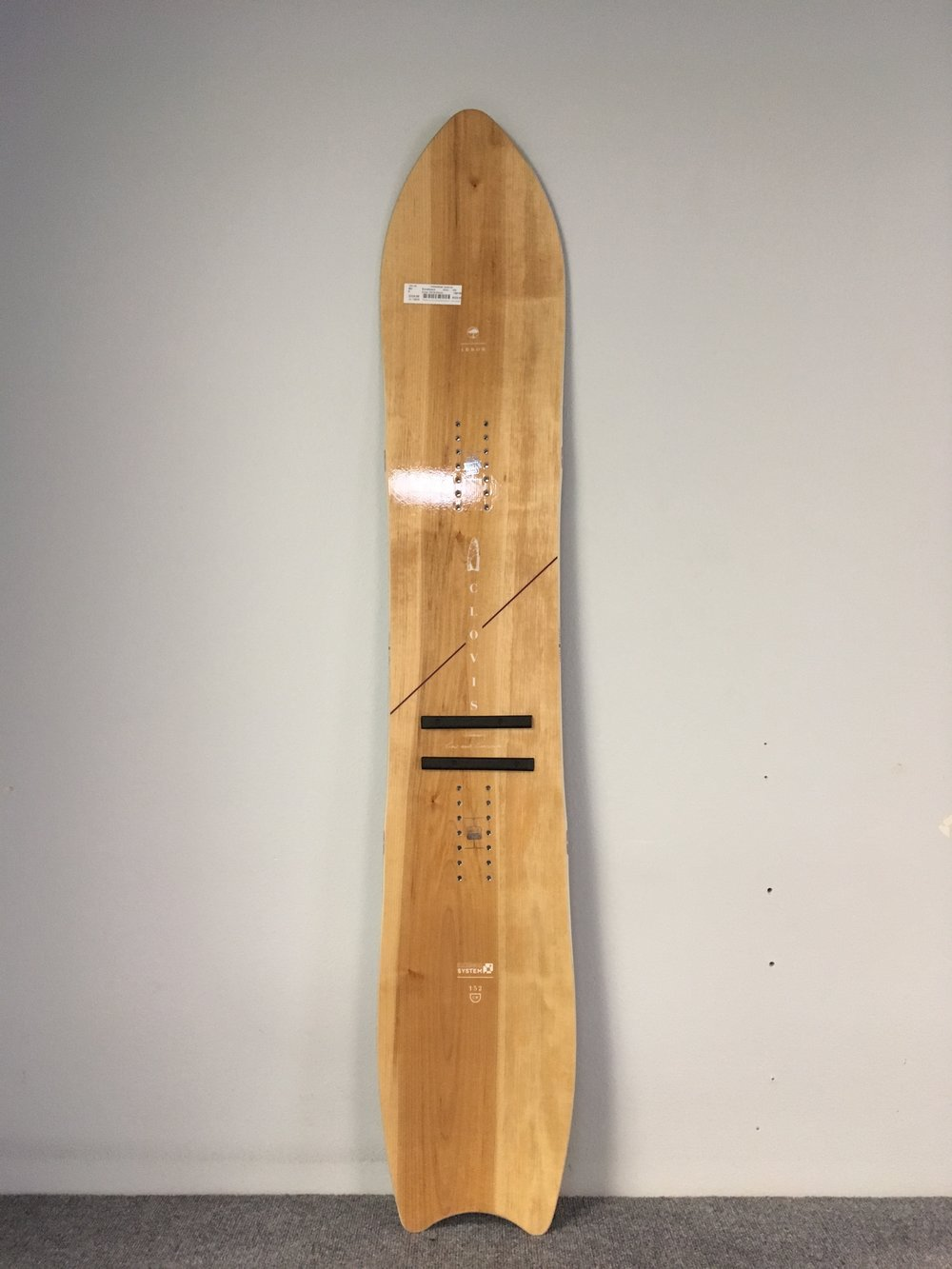 Charge the steeps with this years Arbor Women's Clovis! The board is mint condition and a 152cm. Retail for the Clovis is listed at $450 but we can get you riding for $329.